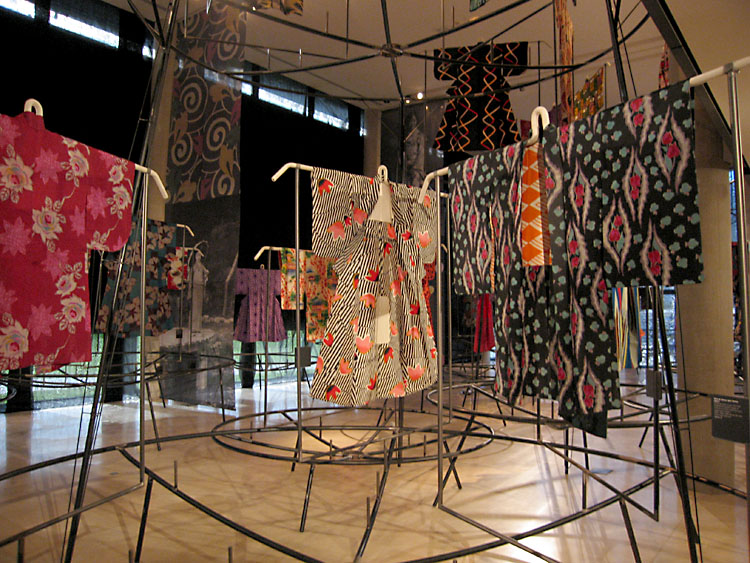 Kimonos-Art-Déco-004