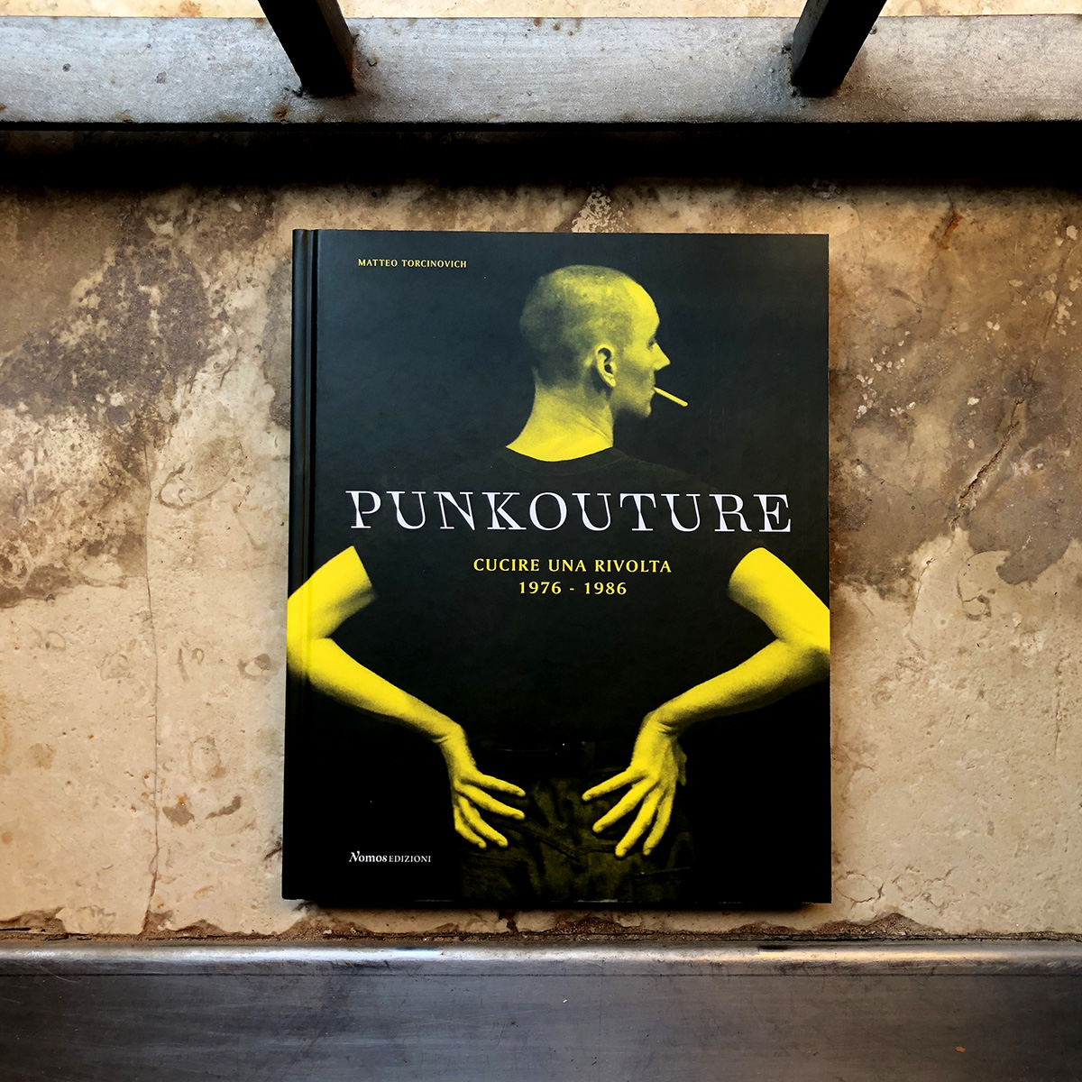 PunkoutureCucire-una-rivolta1976-1986-001